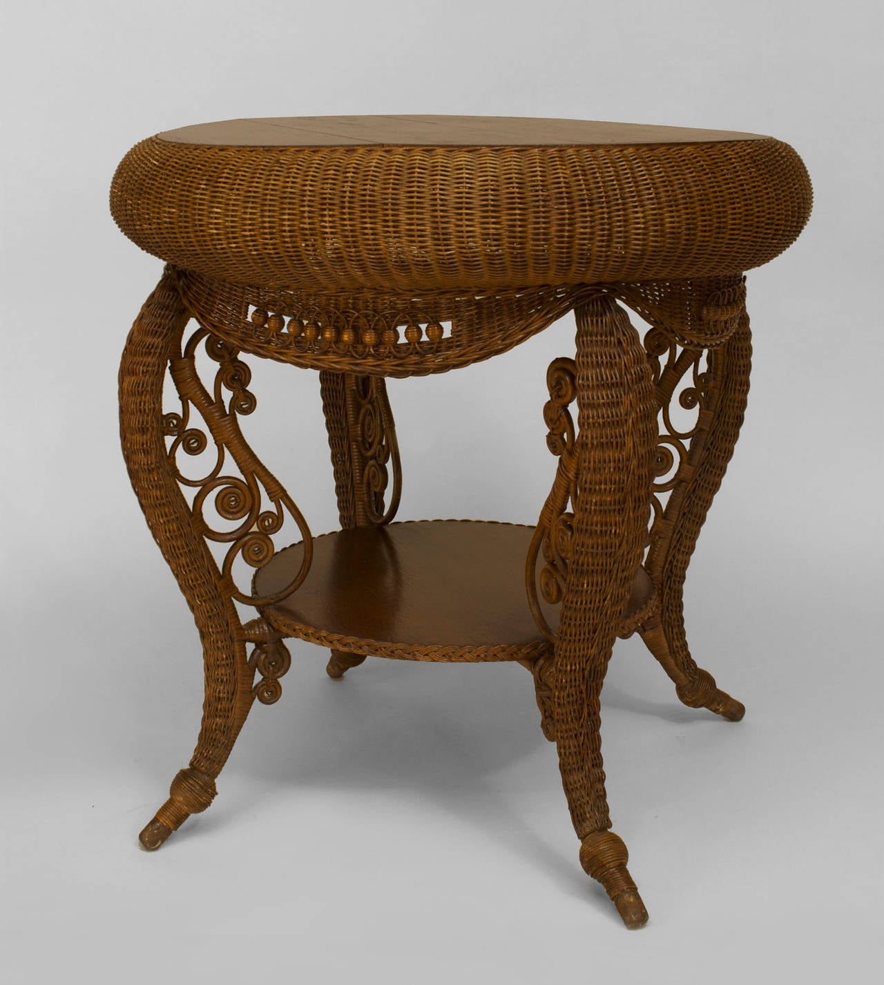 Small 19th c american heywood wakefield oak and wicker for 1 oak nyc table prices
