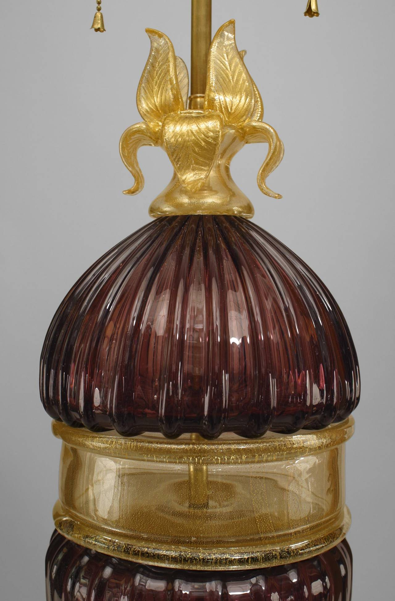 20th Century Pair of Italian Amethyst and Gold-Dusted Murano Table Lamps For Sale
