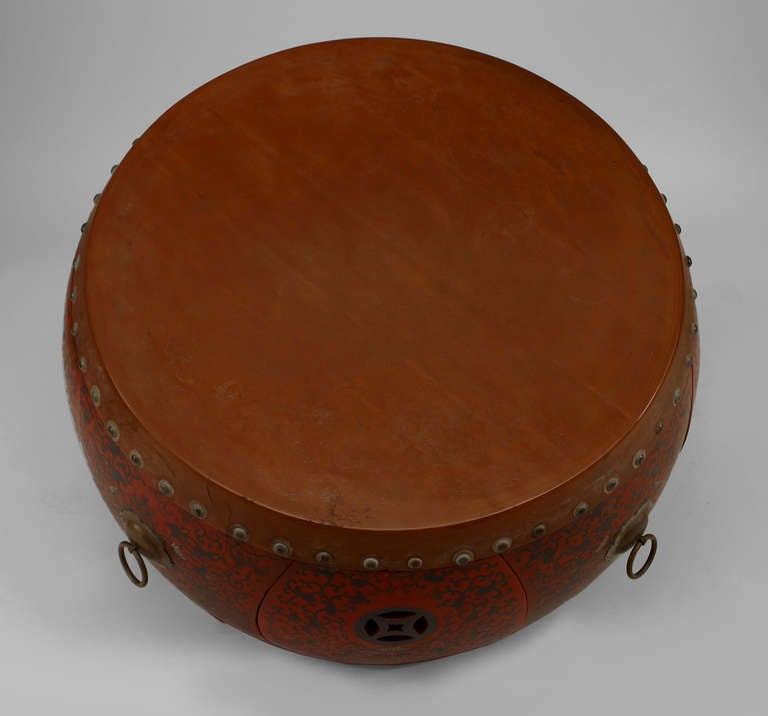 Chinese Drum Coffee Table: Turn Of The Century Chinese Lacquered Round Coffee Table