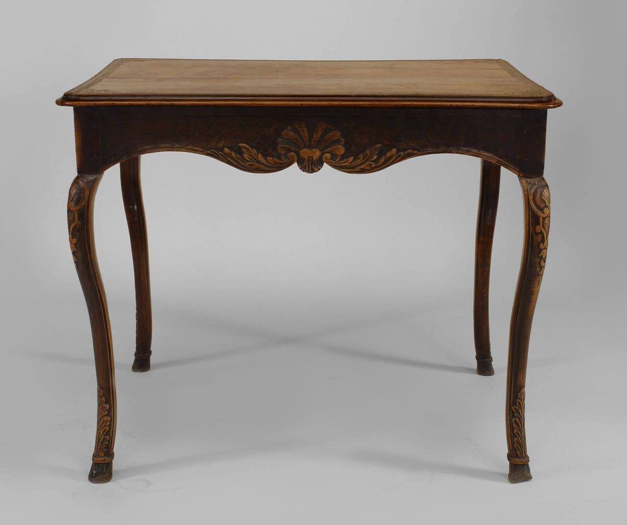 18th century french provincial floral carved end table for sale at 1stdibs. Black Bedroom Furniture Sets. Home Design Ideas