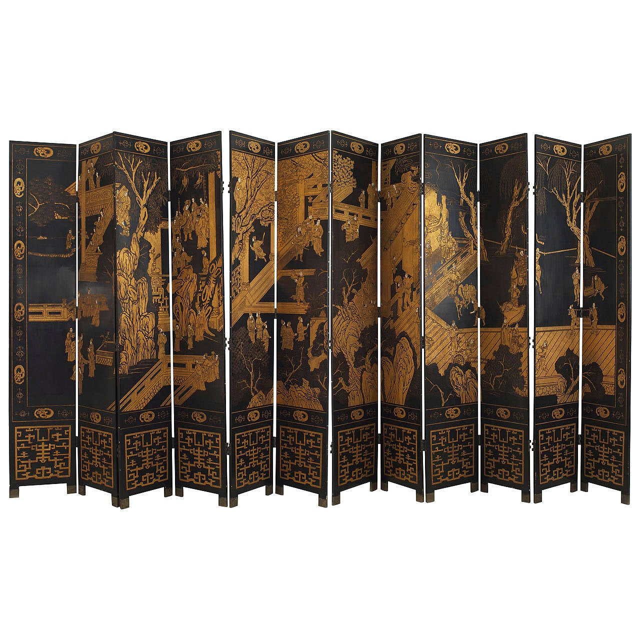 Chinoiserie Gilt and Black Lacquered 12 Panel Screen, 20th Century