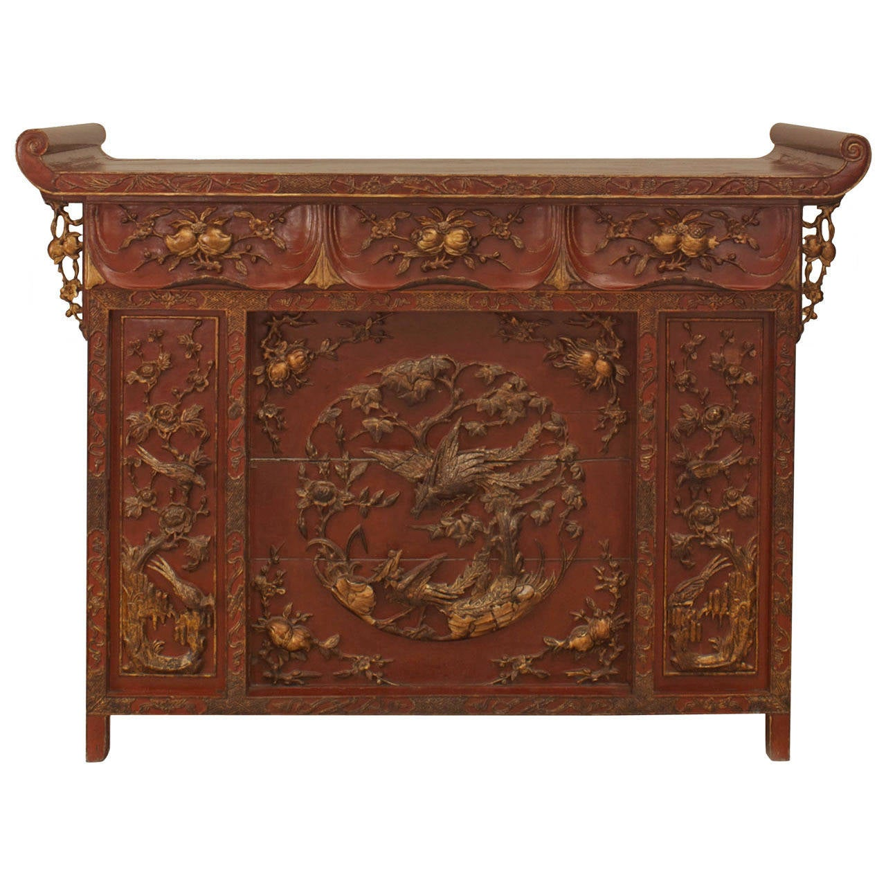 Extraordinary chinese gilt trimmed red lacquer console or for Red chinese furniture