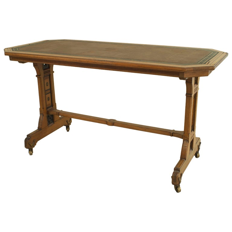 English Arts & Crafts Aesthetic Movement Elm Wood Desk with Contrasting Inlay For Sale