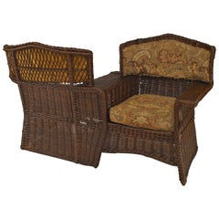 Early 20th Century American Mission Natural Wicker Tête-à-Tête
