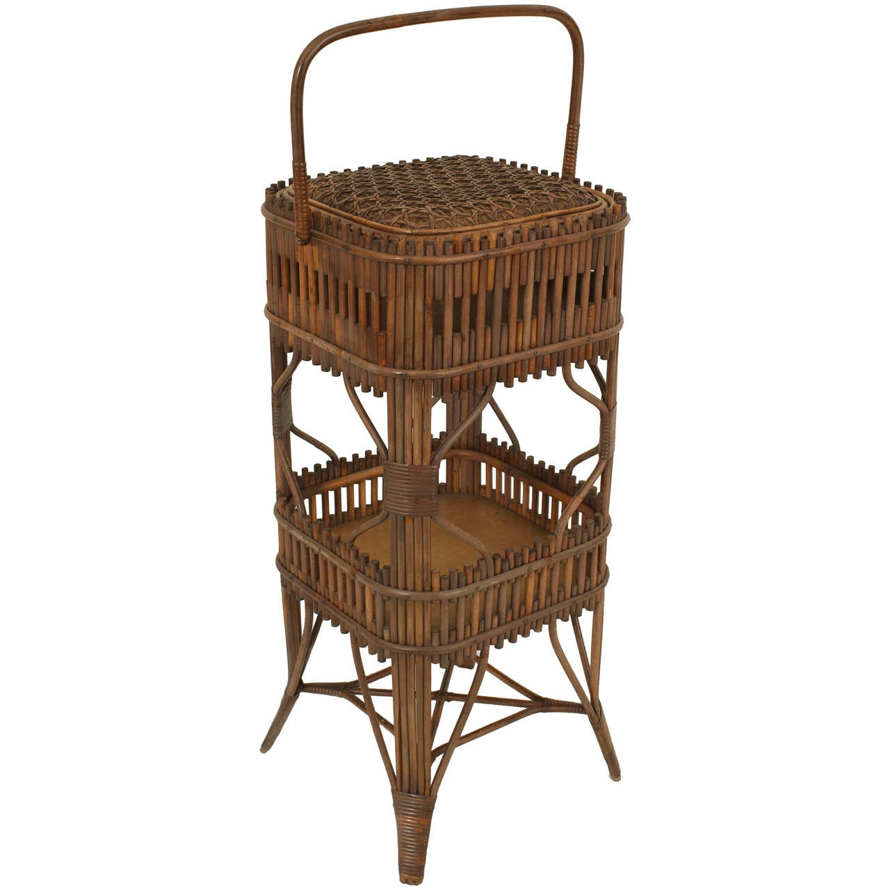19th century american natural wicker sewing end table by wakefield rattan co for sale at 1stdibs. Black Bedroom Furniture Sets. Home Design Ideas