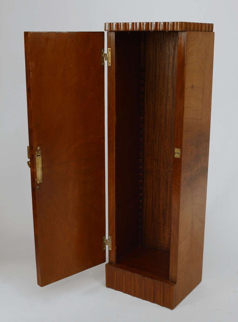 Mid-20th Century Pair of French Art Deco Pedestal Cabinets Attributed to Roger Bal For Sale