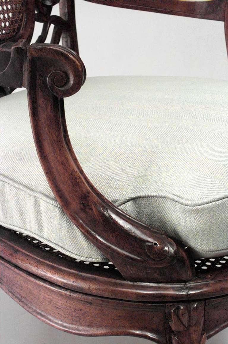 French Art Nouveau Walnut Armchair with Cushion For Sale 1
