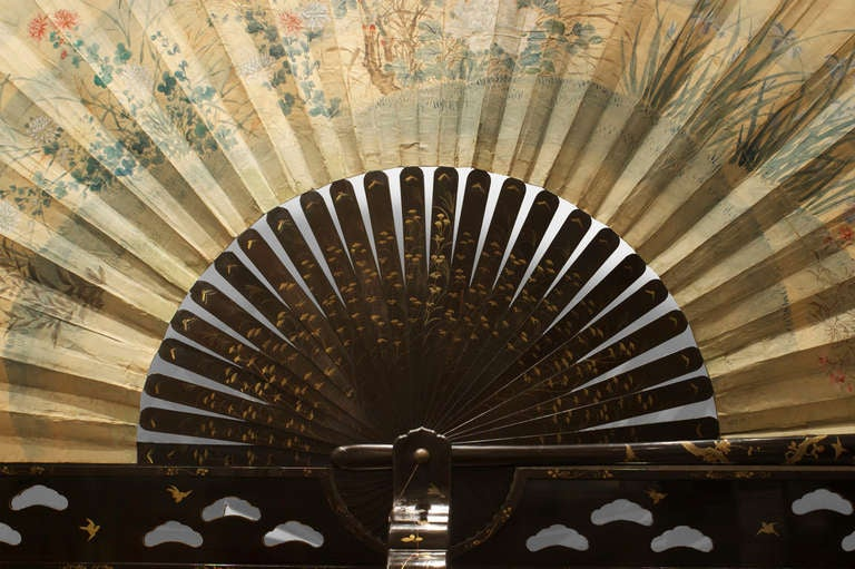 Monumental 19th c. Japanese Folding Fan with a Coromandel Base In Good Condition For Sale In New York, NY