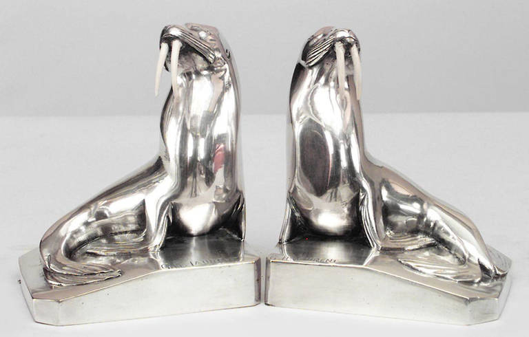 Pair of French Art Deco Walrus Bookends by G. H. Laurent In Good Condition For Sale In New York, NY