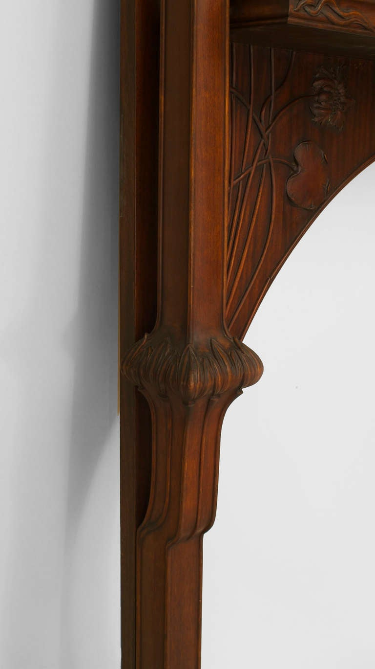 20th Century Art Nouveau Carved Mantelpiece Attributed to Majorelle For Sale