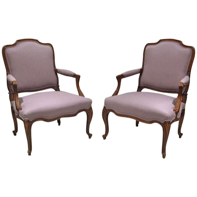 Pair of antique louis xv style fauteuils at 1stdibs - Fauteuil style louis xv ...