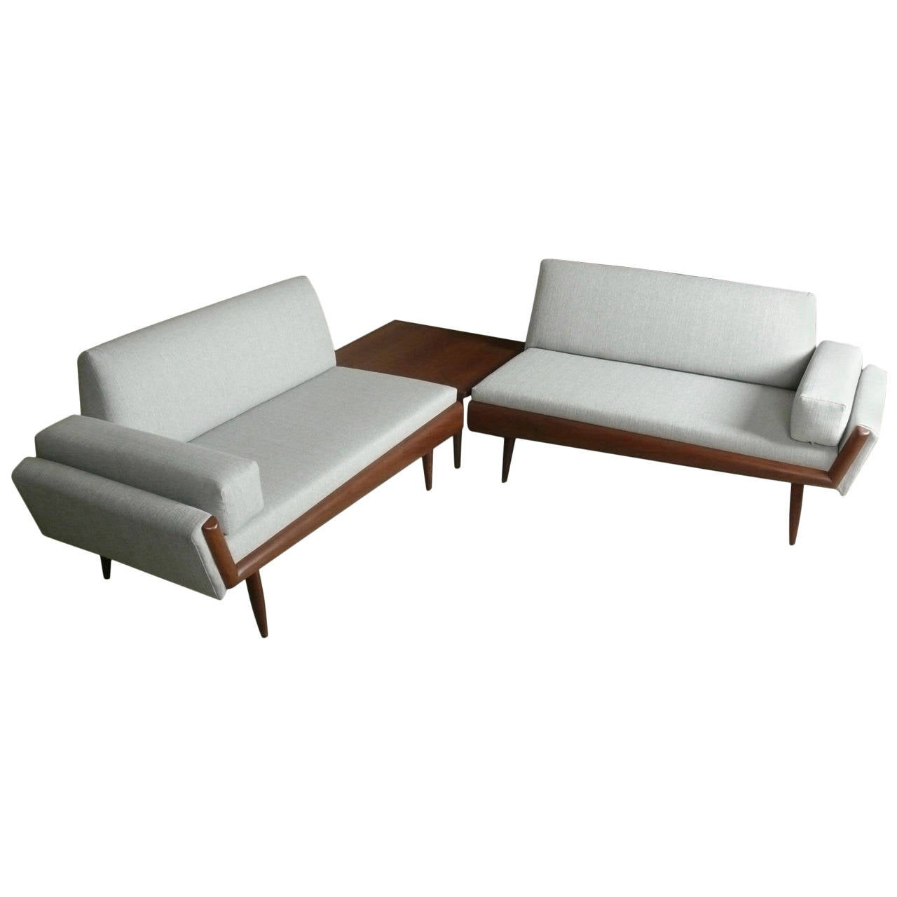 Sectional sofa with corner table corner sofa tables foter for Side table for sectional sofa