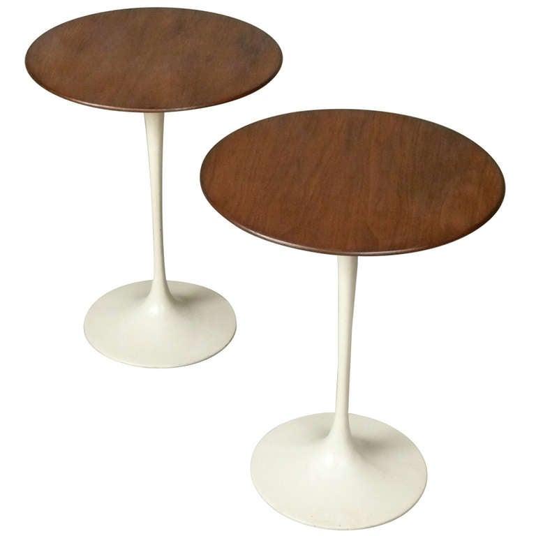 Pair of Early Eero Saarinen Tulip Side Tables by Knoll