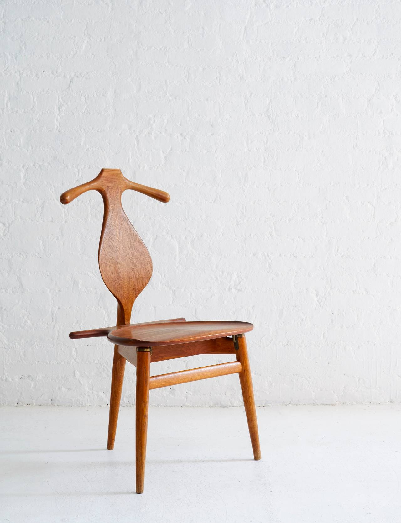 Hans Wegner Valet Chair 2
