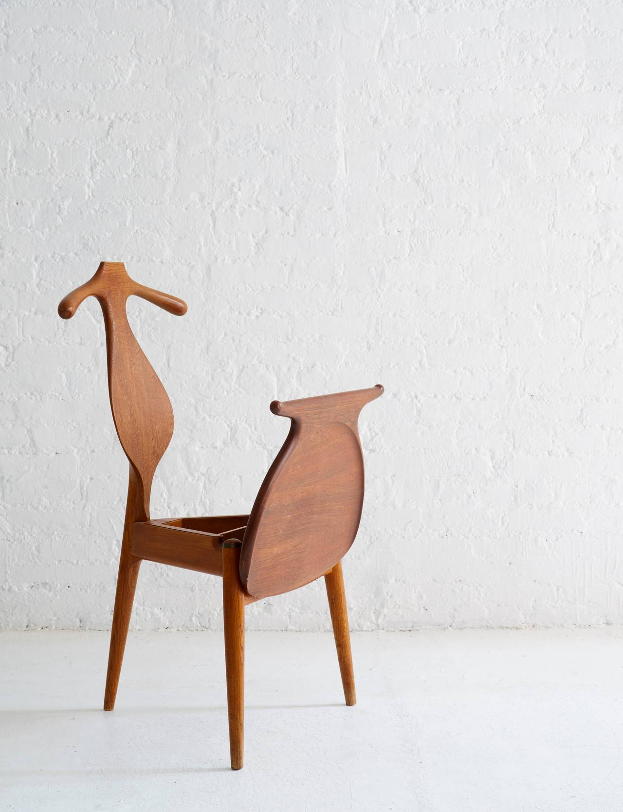 Hans Wegner Valet Chair 4