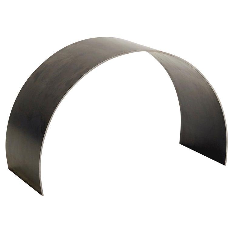 Bogen-Hocker von ASH NYC aus Stahl  1