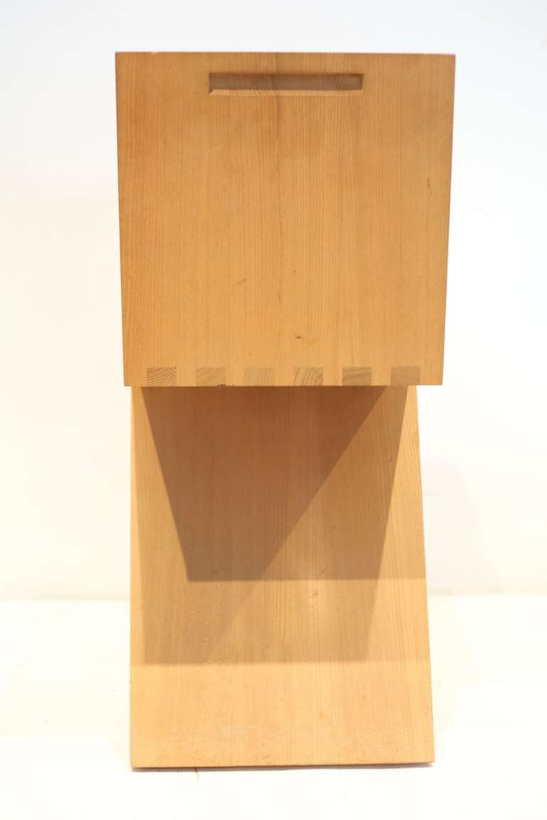 Gerrit Rietveld Zig-Zag Chair In Excellent Condition In New York, NY