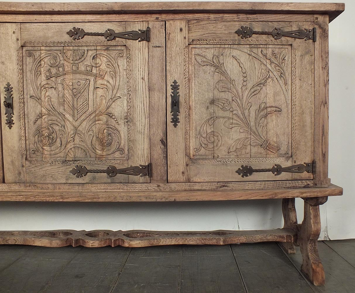 French 19th century colonial baroque style sideboard or buffet at 1stdibs - Buffet style baroque ...