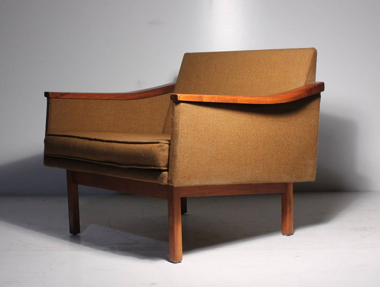 Arthur Umanoff Pair Of Lounge Chairs Madison Furniture For