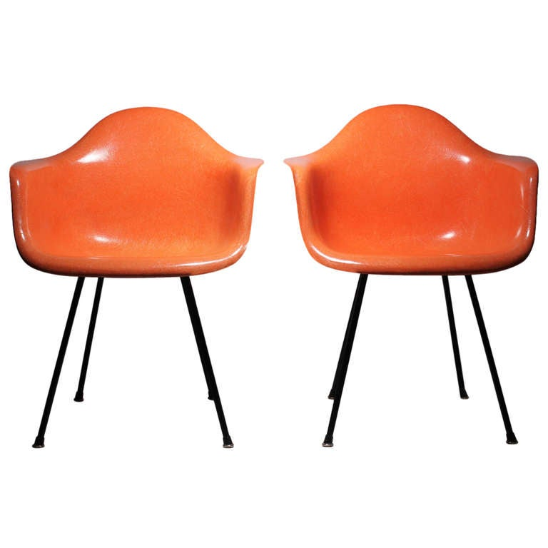 Charles Eames for Herman Miller Early Pair of Dax Transitional Shell Chairs For Sale