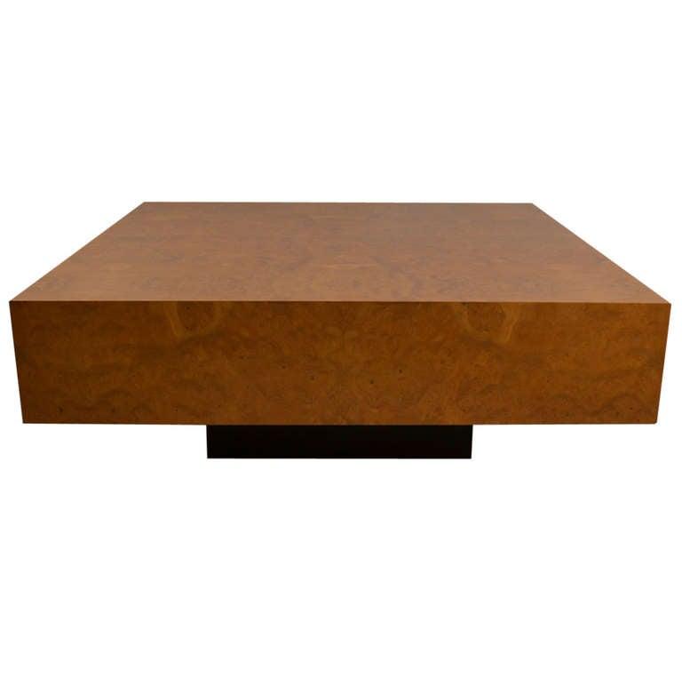 1037234. Black Bedroom Furniture Sets. Home Design Ideas