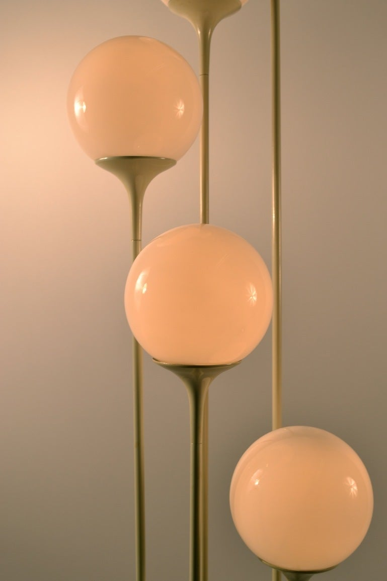 five light cascading ball globe white on white floor lamp image 5. Black Bedroom Furniture Sets. Home Design Ideas