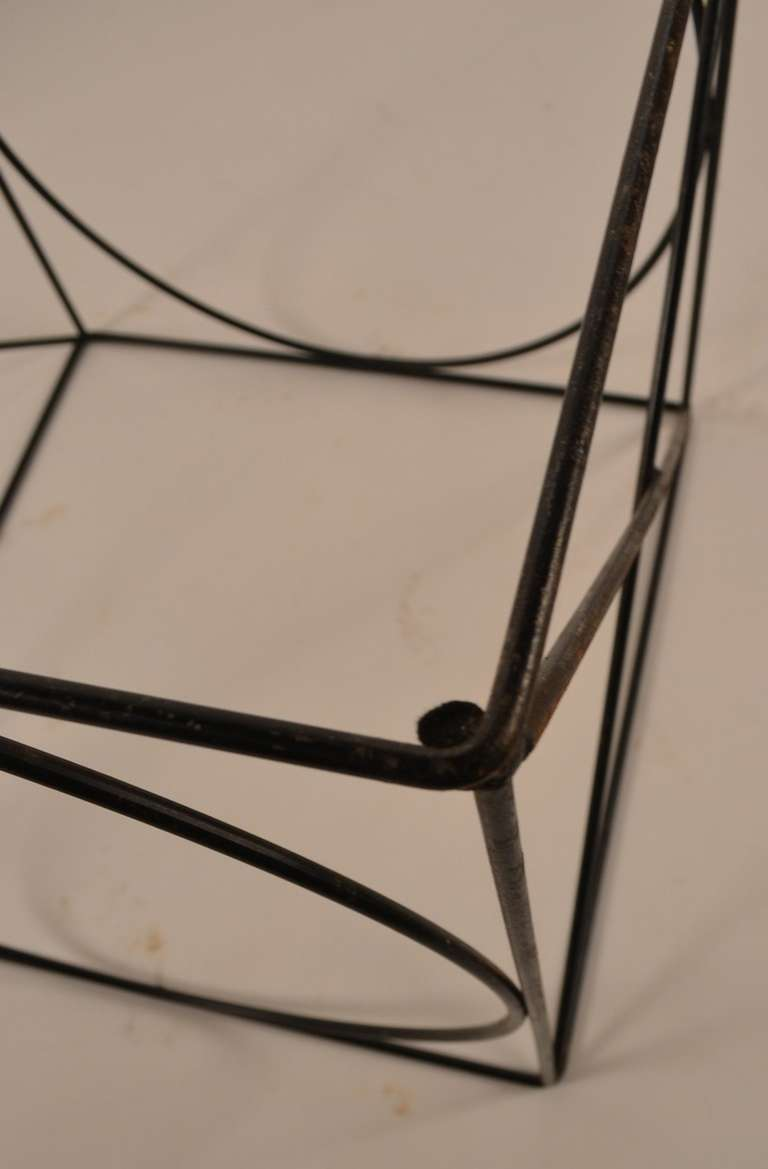 Mid 20th Century X O Wire Cube Table For Sale