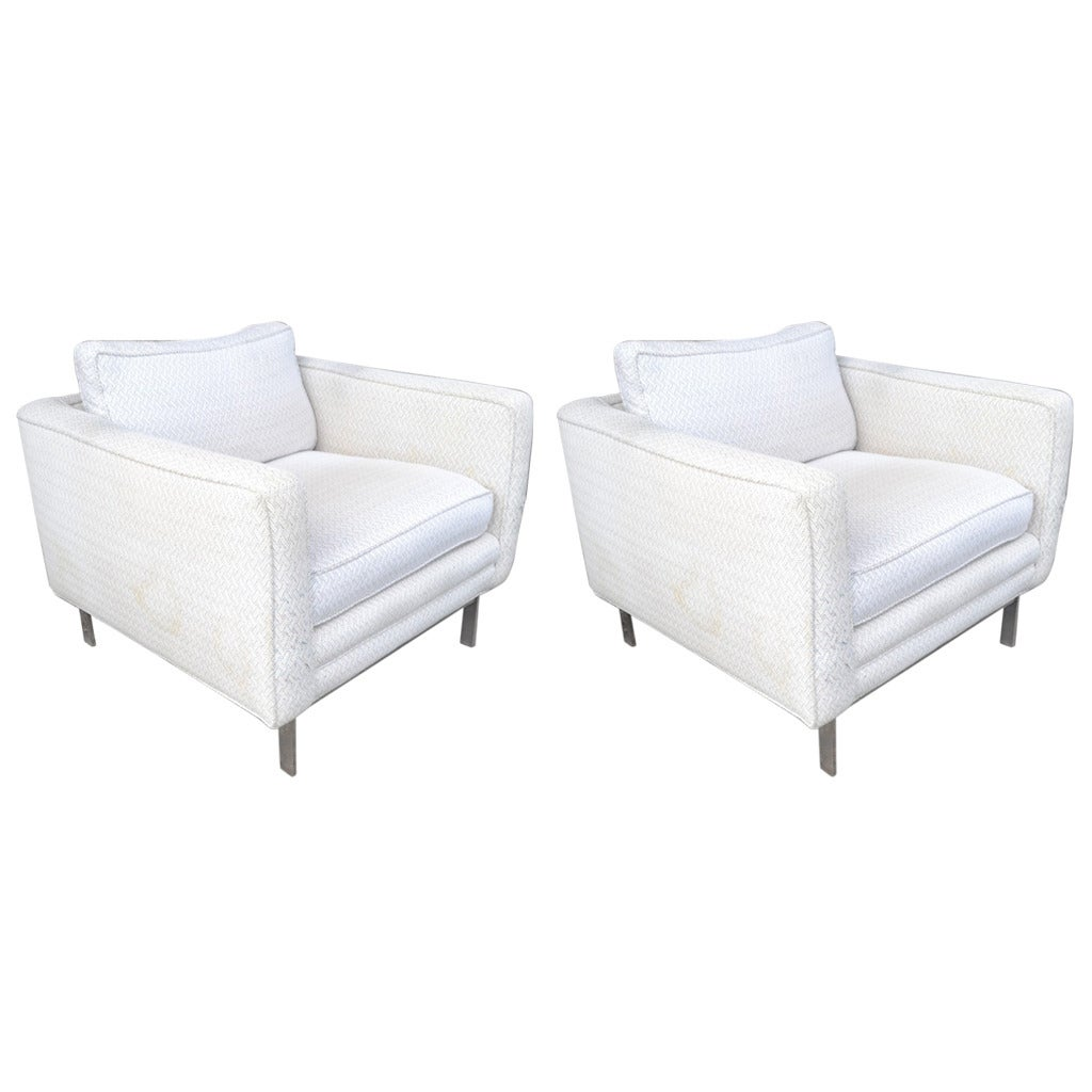 Pair of International Style Club Chairs