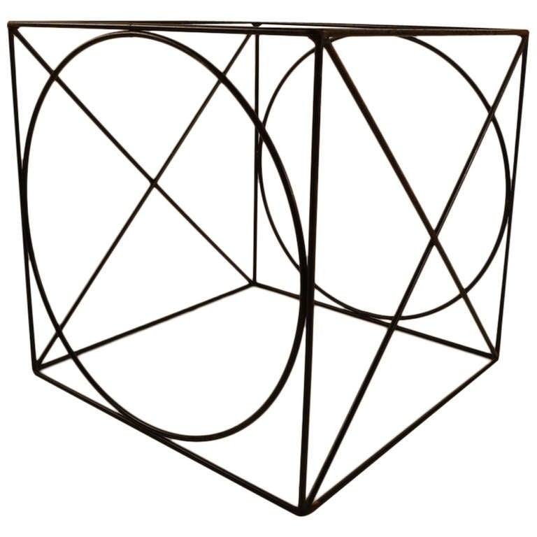 X O Wire Cube Table