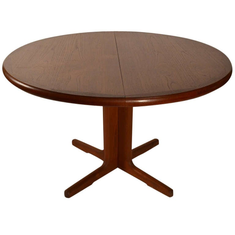 Round Teak Danish Modern Dining Table with Two Leaves at  : 1173212l from www.1stdibs.com size 768 x 768 jpeg 25kB