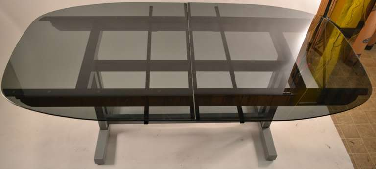 Unusual plate glass extension dining table for sale at 1stdibs for Unusual dining tables for sale