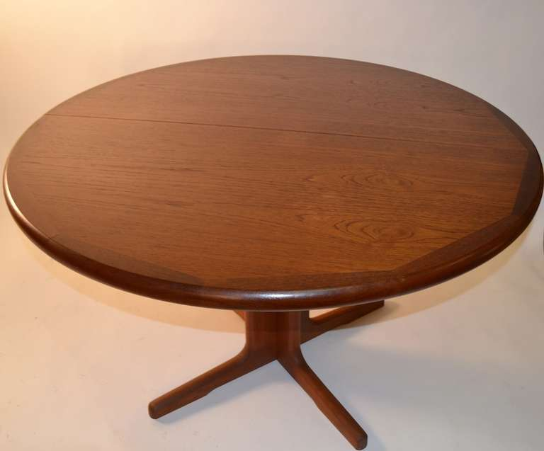 Round teak danish modern dining table with two leaves at for Dining room table 2 leaves