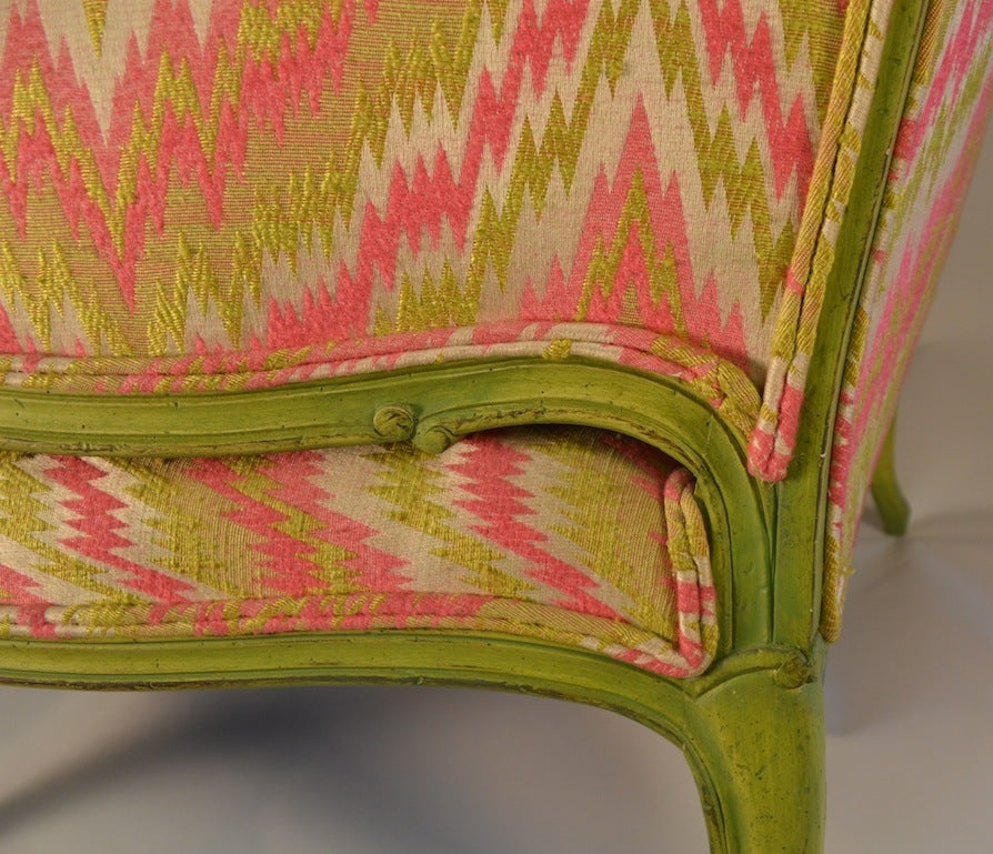 French Style Chair and a Half In Good Condition For Sale In New York, NY
