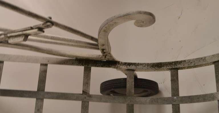 Molla cast aluminum and magnesium art deco chaise at 1stdibs for Chaises longues aluminium