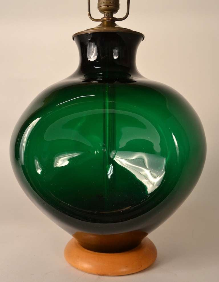 American Blenko  Pinch Form Emerald Green Table Lamp For Sale
