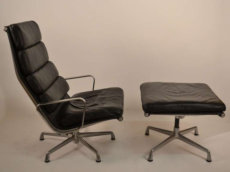 this eames soft pad lounge and ottoman is no longer available