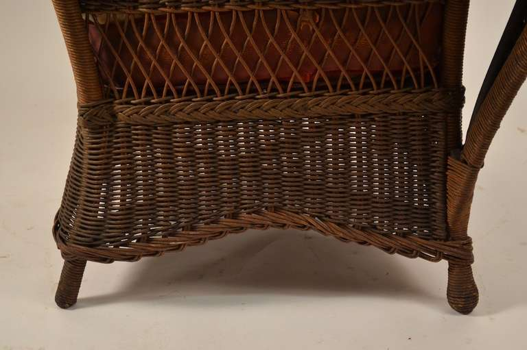 Stylish Wicker Lounge Chair at 1stdibs