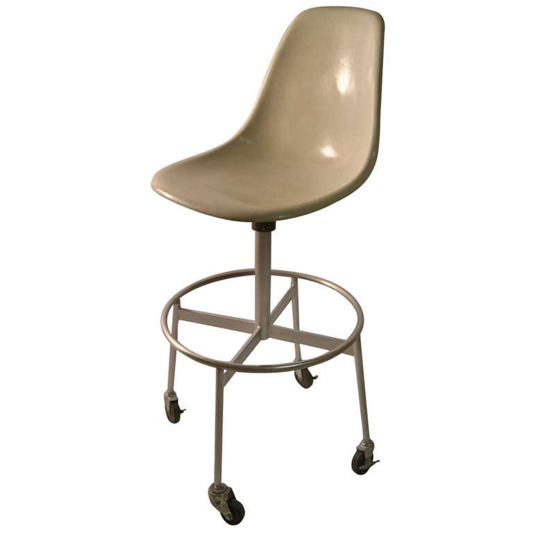 Eames Herman Miller Drafting Stool For Sale  sc 1 st  1stDibs & Eames Herman Miller Drafting Stool For Sale at 1stdibs