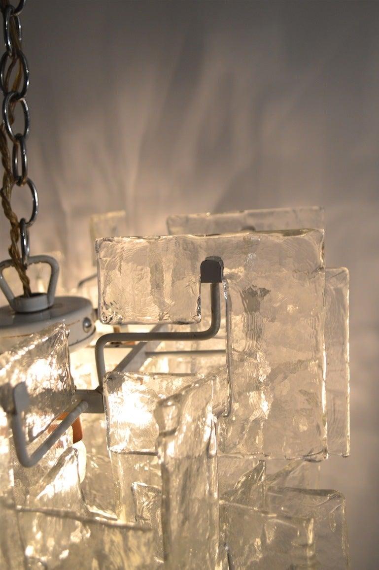 Late 20th Century Mazzega Interlocking Murano Glass Chandelier For Sale