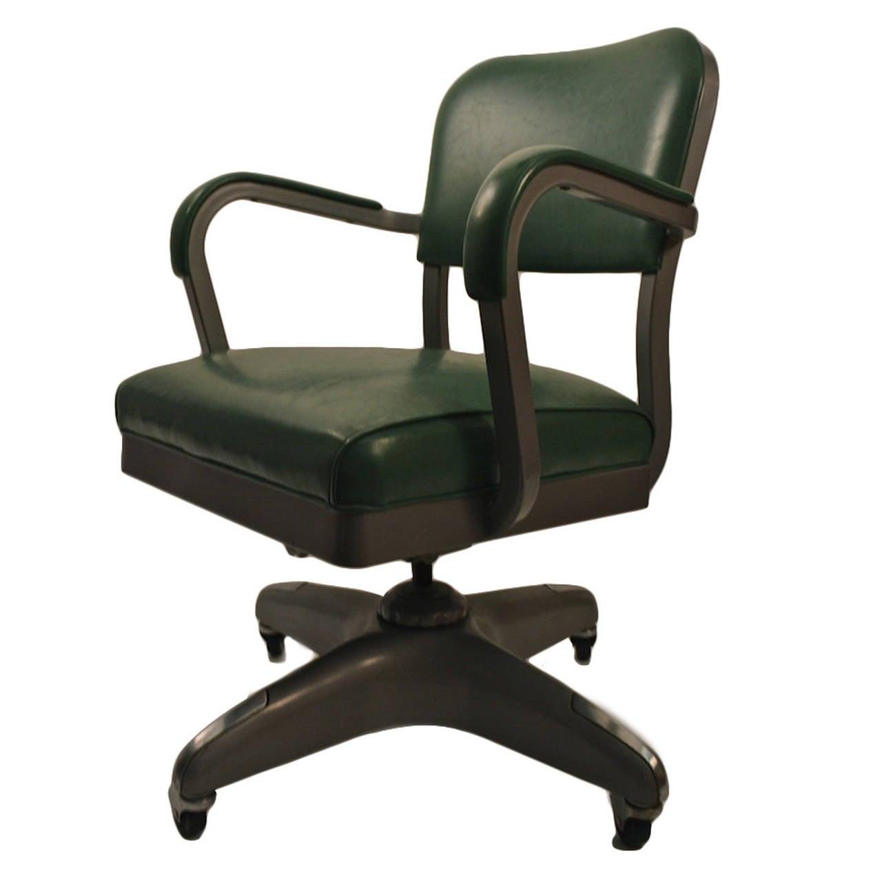 classic swivel tilt industrial office chair at 1stdibs. Black Bedroom Furniture Sets. Home Design Ideas