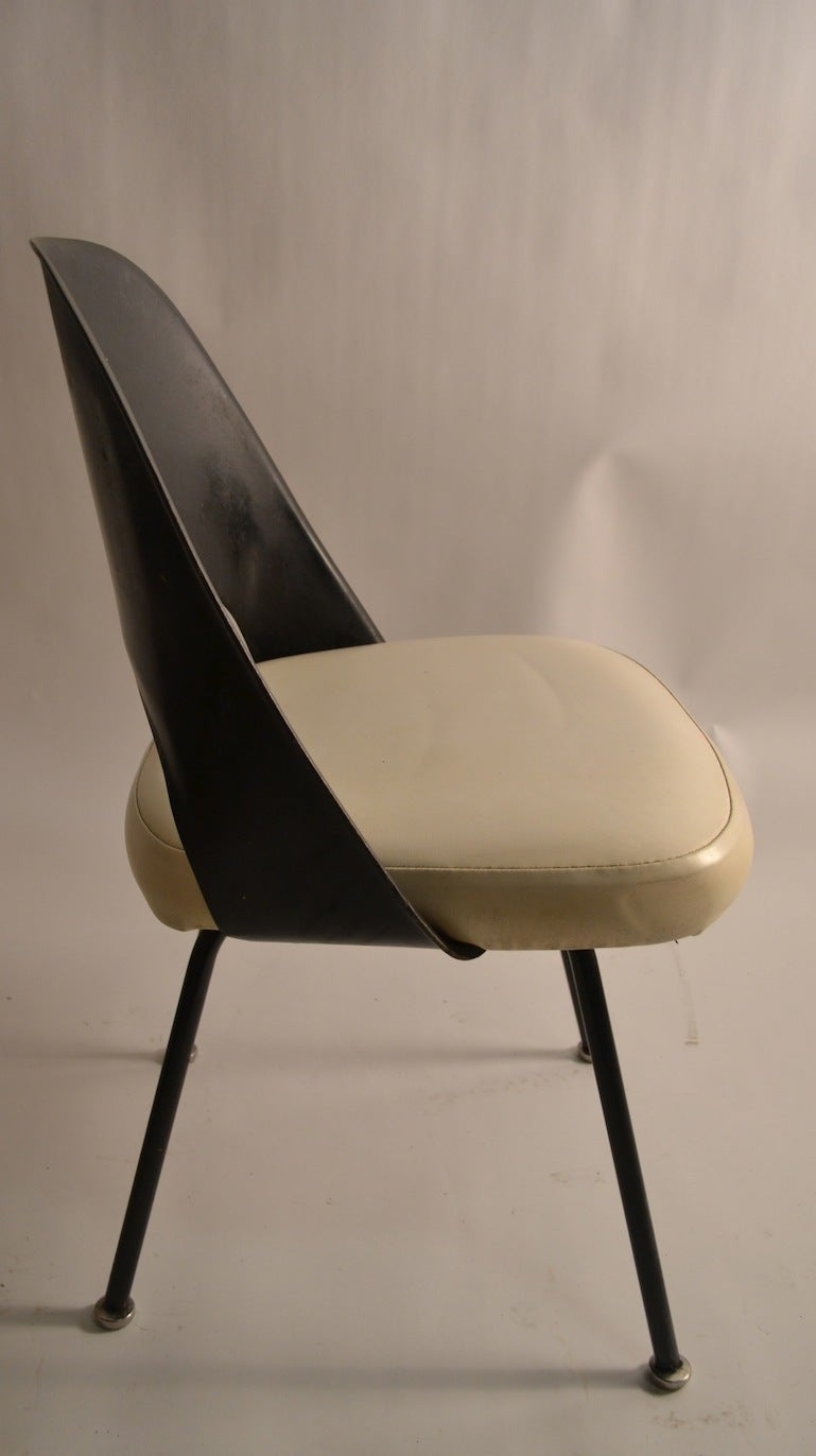Set of Four Early Saarinen for Knoll Dining Chairs at 1stdibs