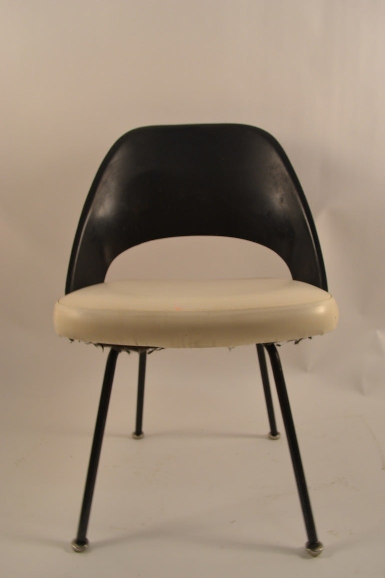 Saarinen Side Table Design Within Reach Images