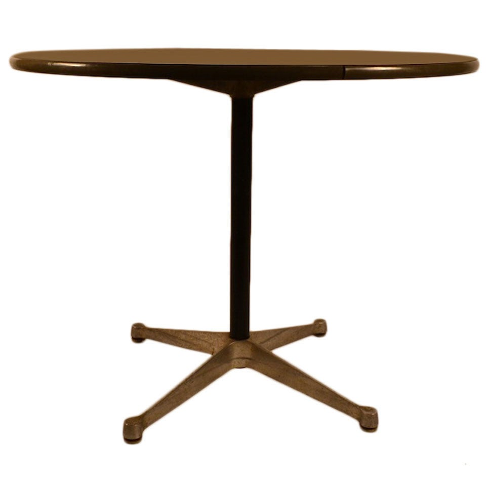 eames for herman miller aluminum group cafe dining table for sale at 1stdibs. Black Bedroom Furniture Sets. Home Design Ideas
