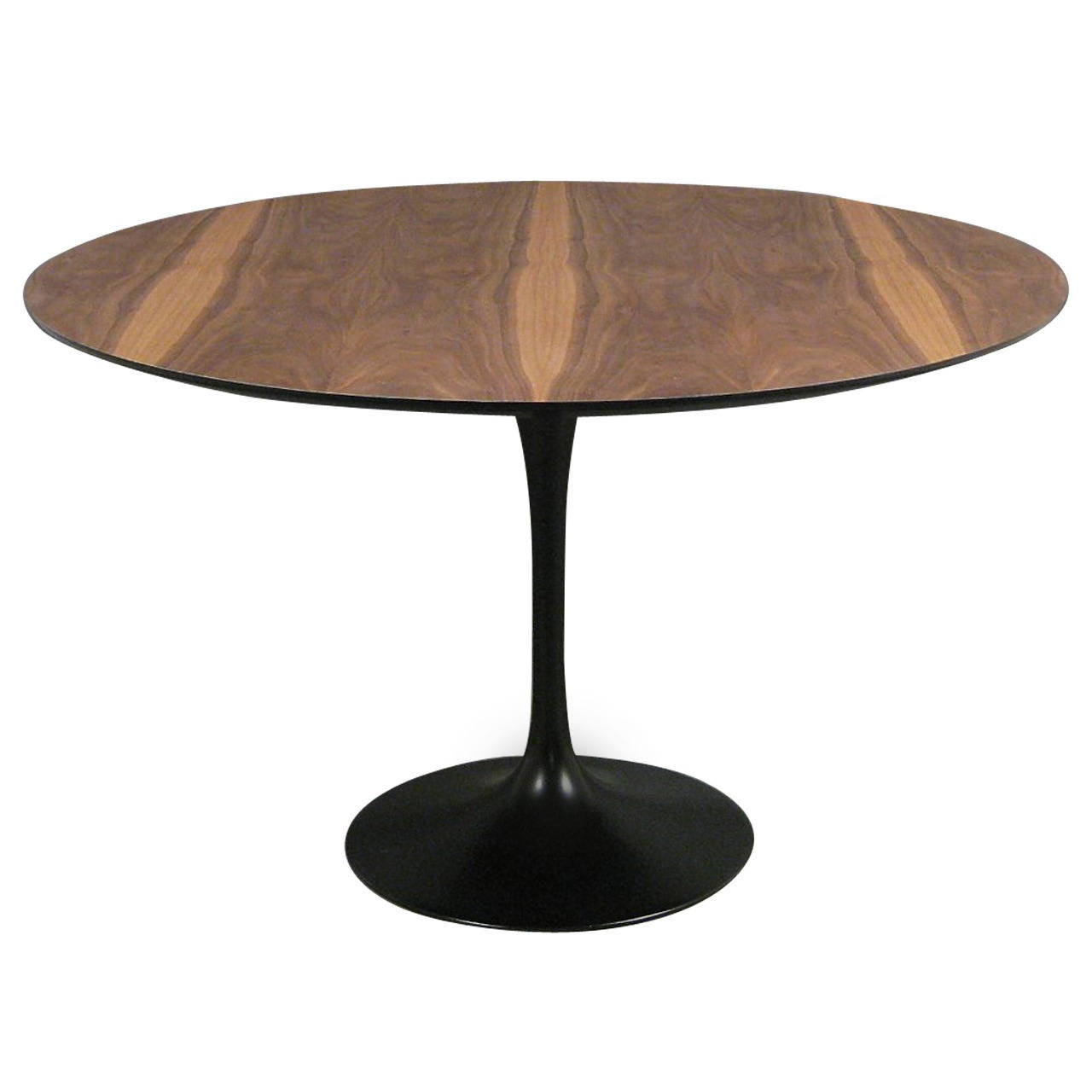 eero saarinen tulip dining table by knoll at 1stdibs. Black Bedroom Furniture Sets. Home Design Ideas