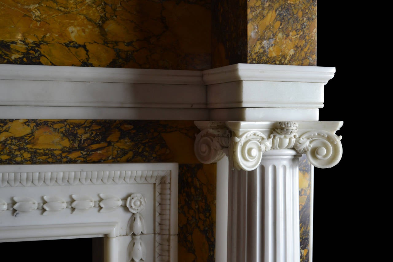 18th Century Irish Chimneypiece In Good Condition For Sale In New York, NY
