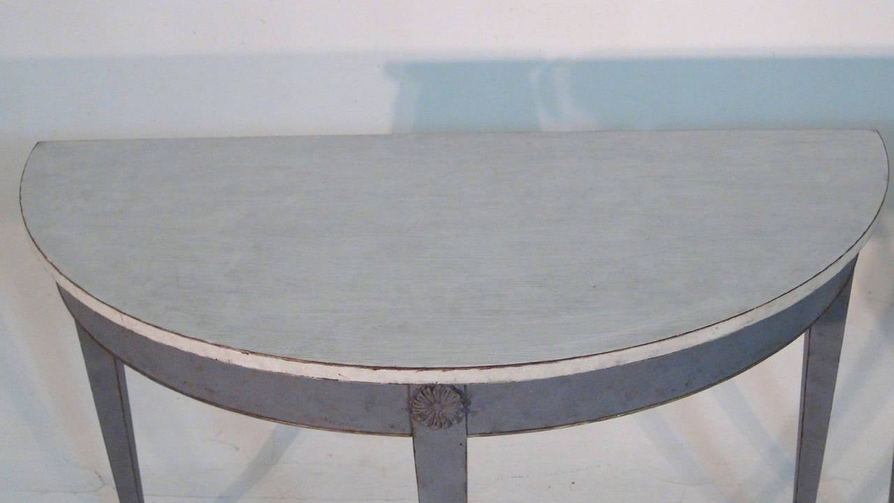 19th Century Pair of Swedish Demilune Tables in the Gustavian Style 4