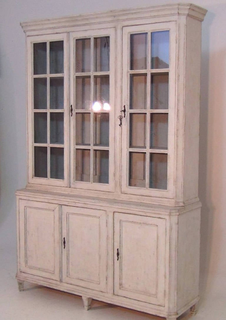 Vitrine cabinet bar cabinet for Sideboard vitrine