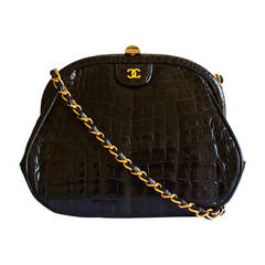 80's CHANEL black convertible crocodile bag with cross body strap