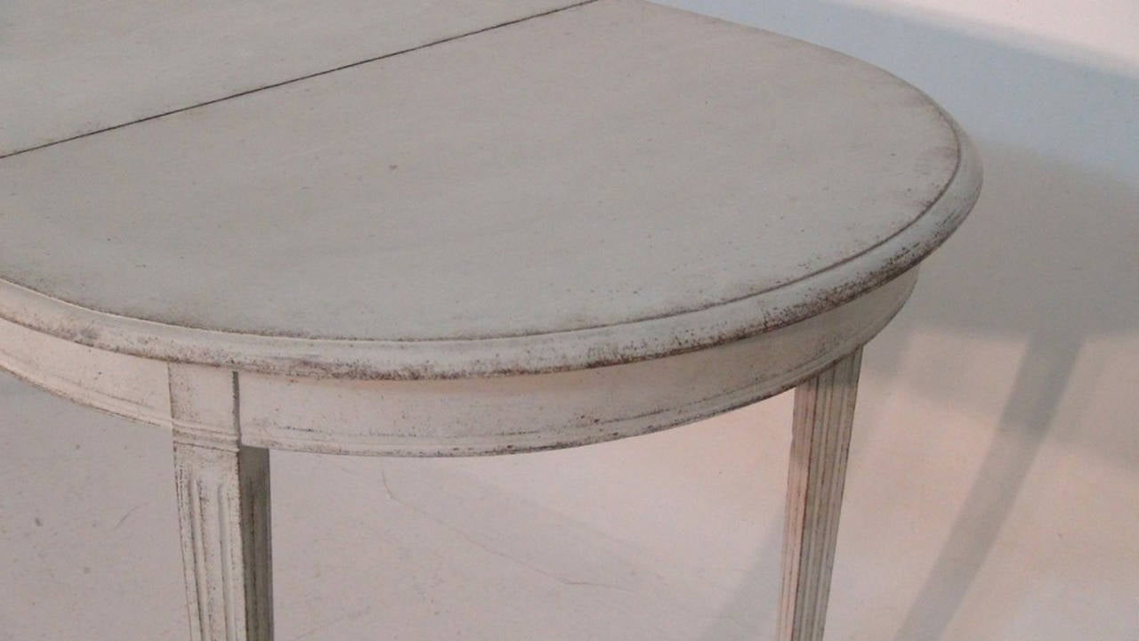 Swedish Painted Dining Table in the Gustavian Style 1