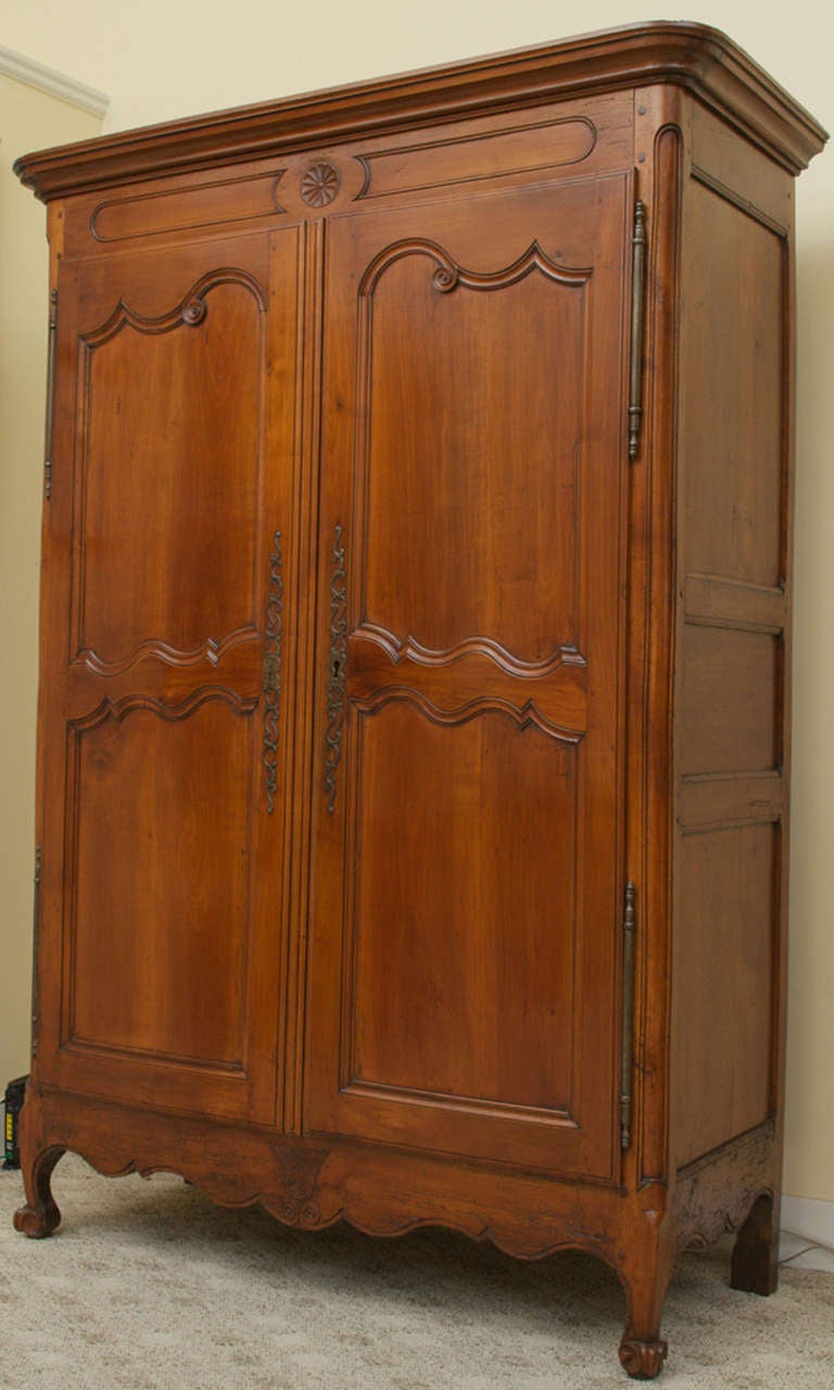 18th century cherry wood louis xv armoire at 1stdibs. Black Bedroom Furniture Sets. Home Design Ideas